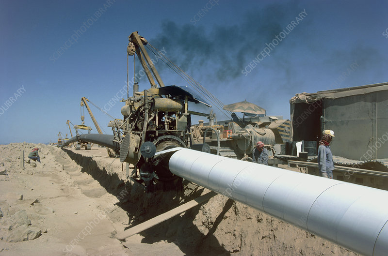Laying a gas pipeline, Saudi Arabia