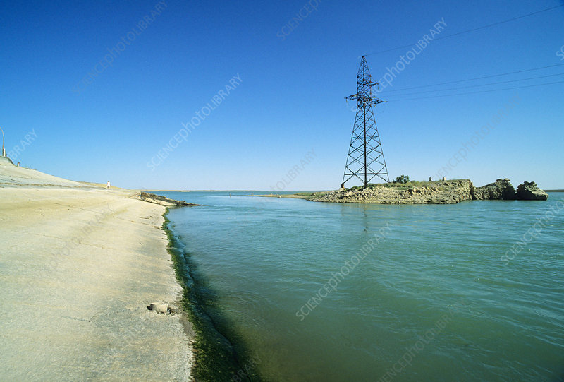 Drying of the Aral Sea, Amou Darya dam