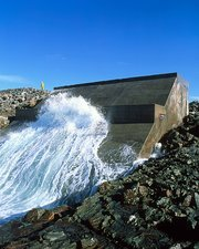 Limpet wave power station