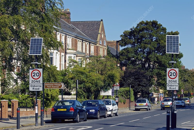 Solar-powered road signs, UK