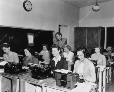 Young women learning to type, Los Alamos, 1943-5