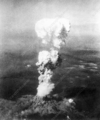 Atomic burst over Hiroshima, 1945