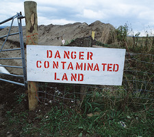 Contaminated land warning sign