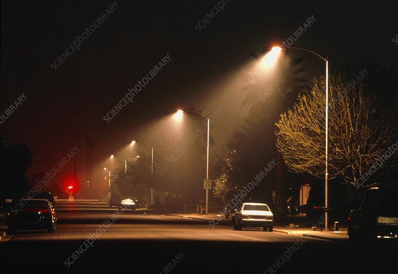 Street lighting which prevents light pollution
