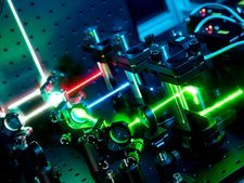 Single molecule fluorescence microscope