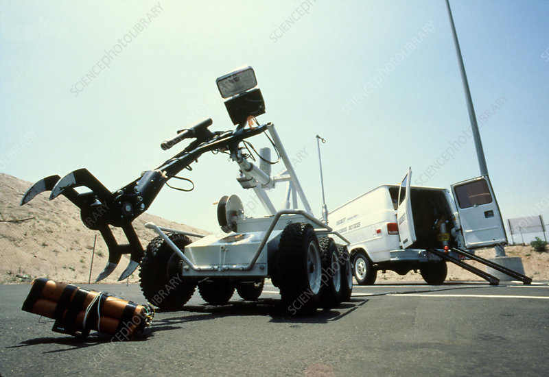 Police bomb disposal robot