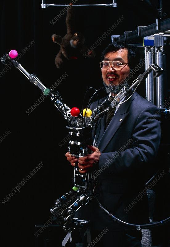http://www.sciencephoto.com/images/download_wm_image.html/T250377-Brachiator_III_robot-SPL.jpg?id=842500377