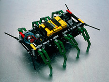 Robot spider constructed from Lego
