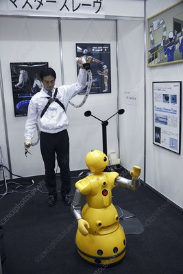 Remote-controlled robot, Japan