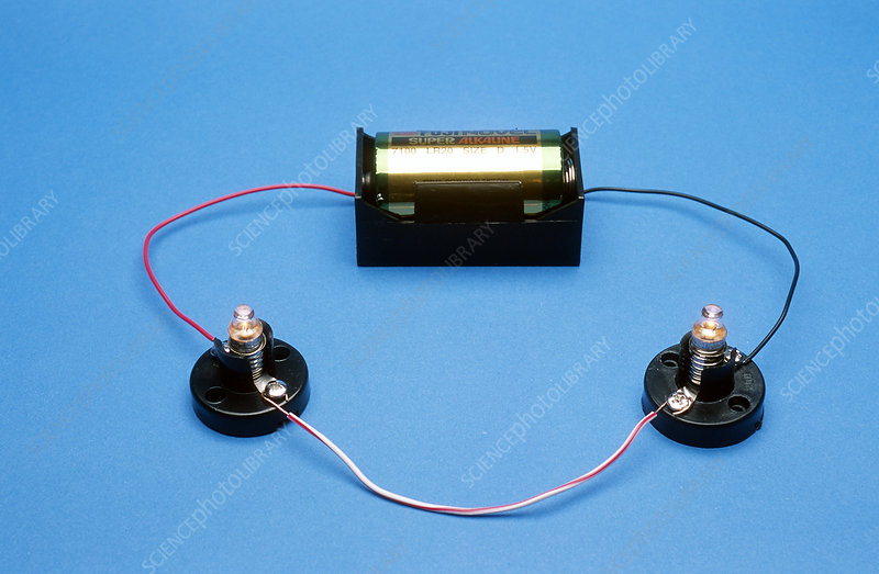 Battery and lamps show series circuit