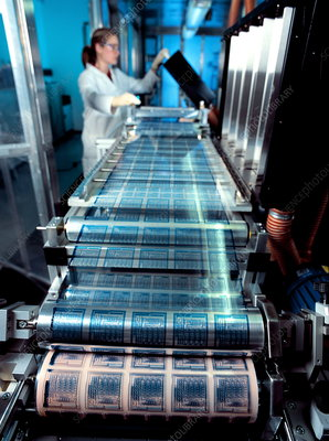 Intelligent label chip manufacture