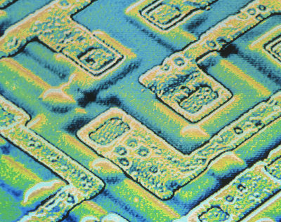 False col SEM of surface of integrated circuit