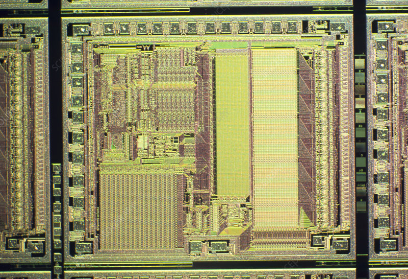 Light micrograph of smart card integrated circuits