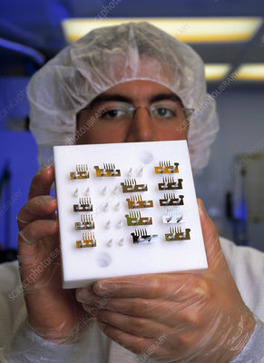 Microcombs for X-ray telescopes