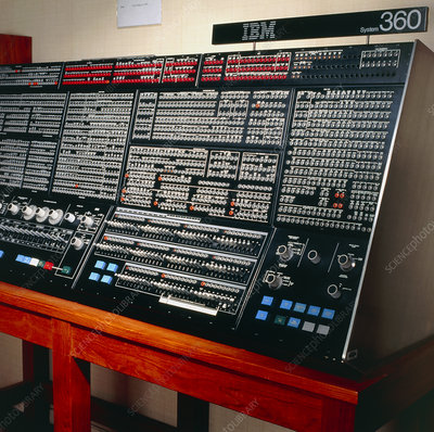 Console of an IBM 360/195 computer from 1971