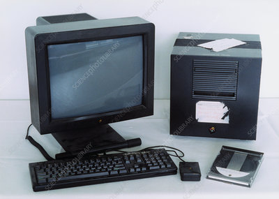 First World Wide Web (www) server