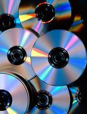 Compact discs with light interference patterns