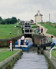 Canal lock with narrow boat