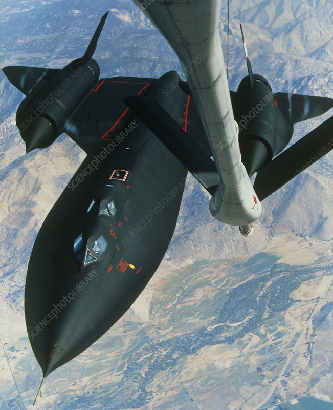 Air refuelling of SR-71 Blackbird