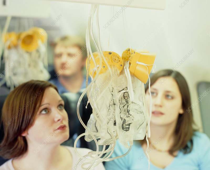 Airliner oxygen masks