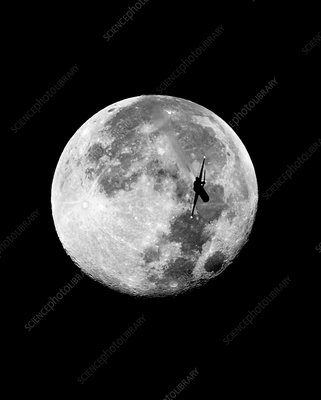McDonnell Douglas MD-80 and the Moon