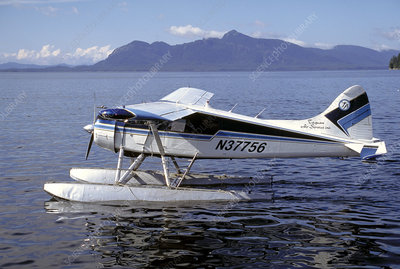 Seaplane between mainland and Metlakatla