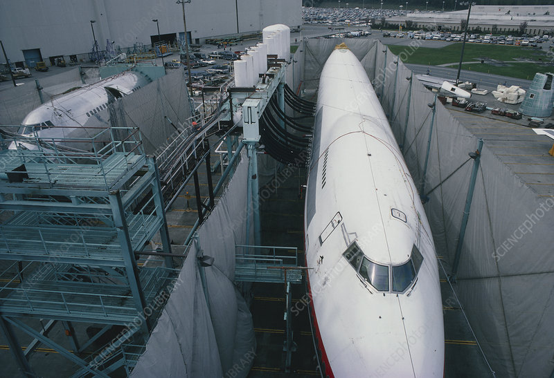 Fatigue testing Boeing 747 fuselages