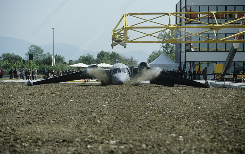 LISA airplane crash test facility