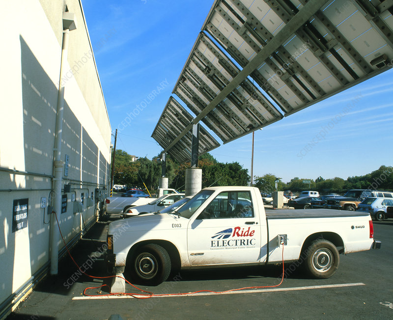 Electric cars recharging using solar power