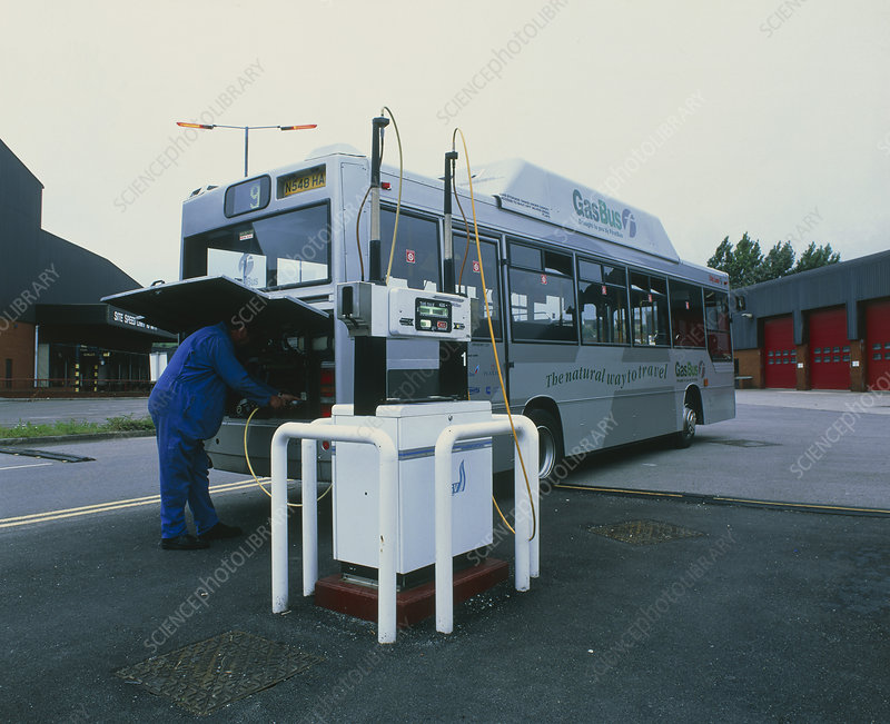 Refuelling of a bus powered by natural gas