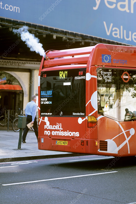 Hydrogen fuel cell bus, England