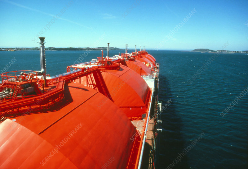 Tanks & piping of liquefied natural gas tanker