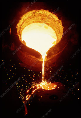 T8100072-Molten_steel_being_poured_into_a_mould-SPL.jpg
