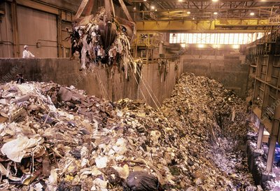 Waste pit at refuse-to-energy plant, Connecticut