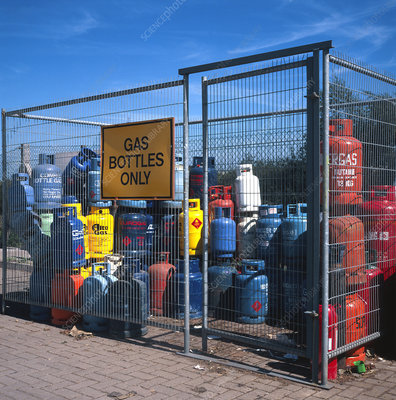 Recycling point for domestic butane gas cylinders