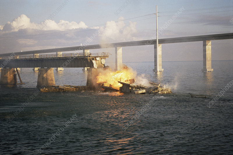 Seven Mile Bridge demolition, USA