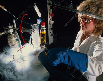Low-temperature chemistry experiment in fume booth