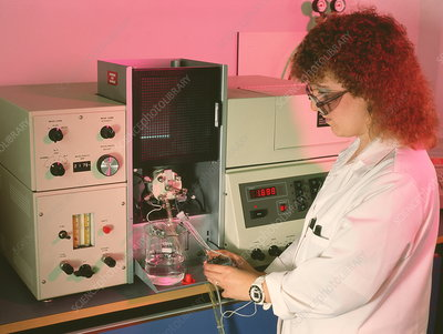 AA spectrometer in pharmacy quality control