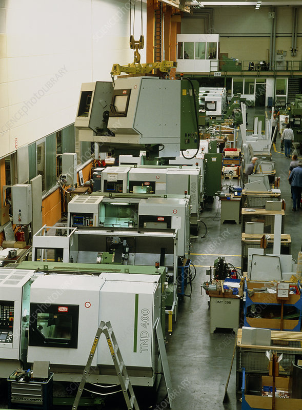 Production hall for making machining components