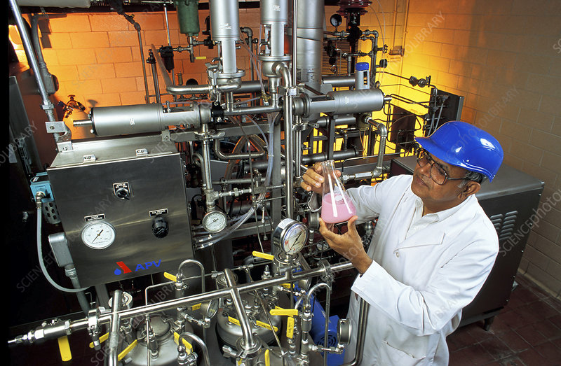 Carbonated milk production