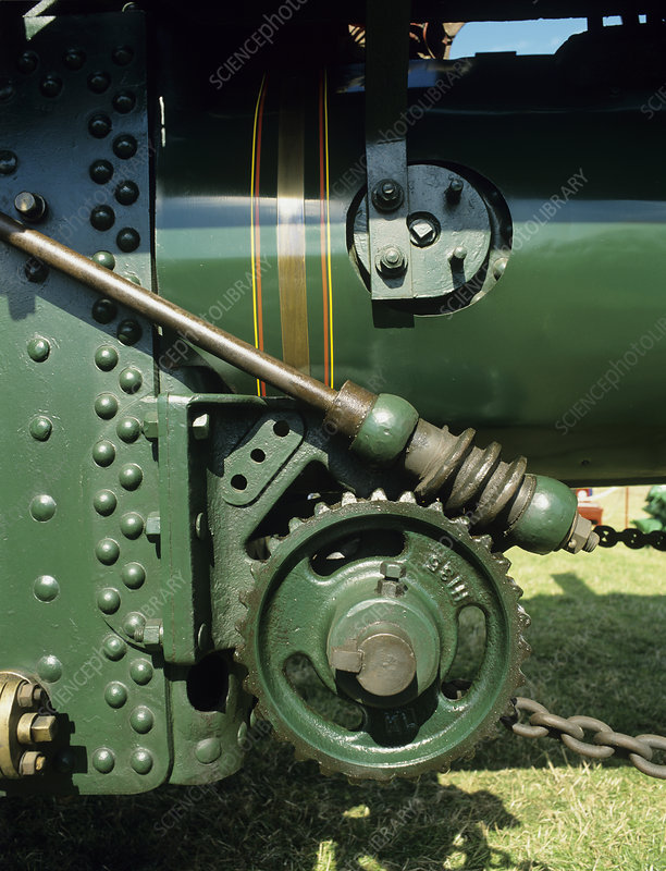 Traction engine gears