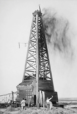 Oil well, Oklahoma, USA, 1922