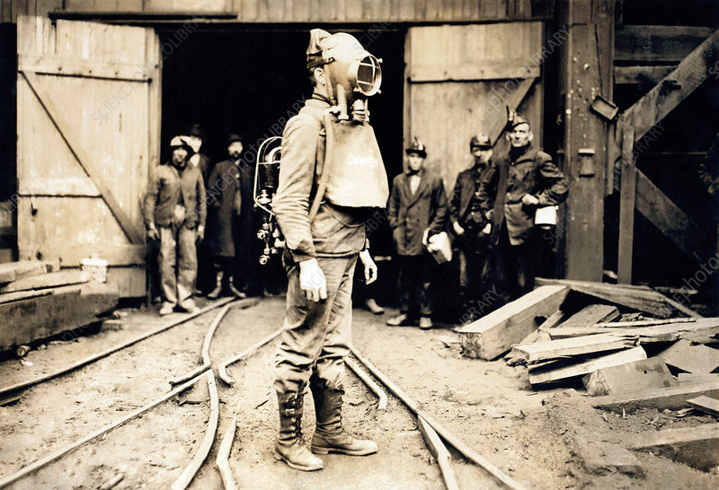 Coal mining breathing apparatus, 1911