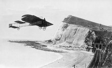 First flight over English Channel, 1909