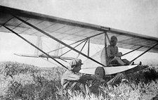 Antonov and his glider, 1923