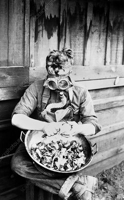 First World War soldier with gas mask
